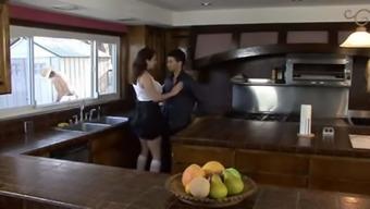 XY CHEATIG WIFE BBC KITCHEN CUCKOLD HD