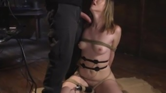 Slave Training Ella Nova