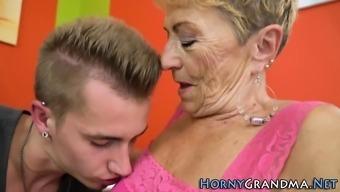 Fat grandma gets railed