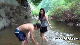 KOREA1818.COM - Sexy Upskirt Girl