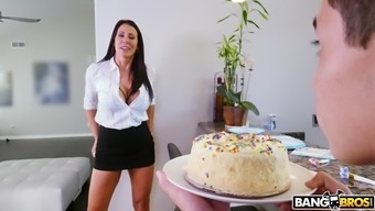 reagan foxx gives juan her sweet pussy on his birthday