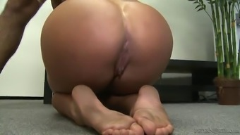 amazing head leaves cameron dee with a mouthful of cum
