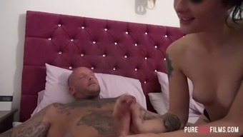 Tattooed playful chick Alessa Savage gets woken up by aroused stud