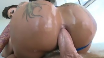 bella bellz plants her monster ass on his shlong for an anal ride