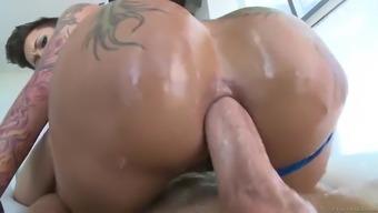 bella bellz plants her monster ass on his shlong for an anal ride