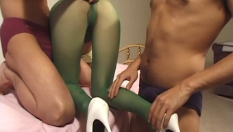Penetration session for the sexy Japanese maid in the green stockings