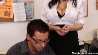 Outstanding Beverly Paige is an awesome dick sucker