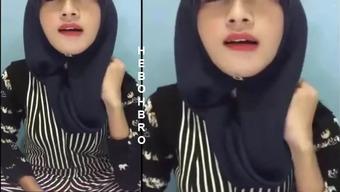 hijab likes to drink cum