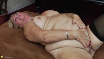 Luscious and chubby granny likes having some kinky alone time