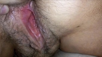 BIG HAIRYass WET VAGINA