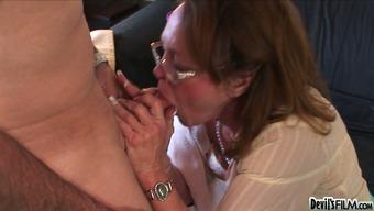 Nasty granny Kathleen Violet pleases her aged neighbor