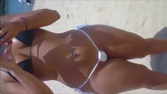 Spy and Voyeur Hot bitch pussy on the beach