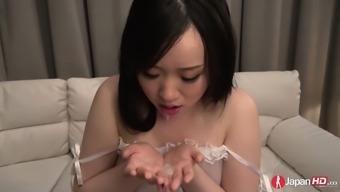 Yuka Wakatsuki is a girl who can't orgasm easily. The