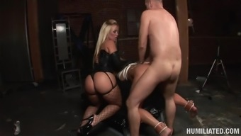 Slender babe in mask Aurora Snow being humiliated