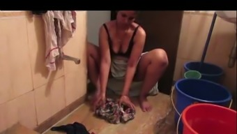 sexy indian bhabhi  washing closthes