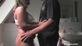 GanzGeil.com Fatty German MILF fucking in bathroom