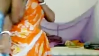Indian Village Aunty Fucking With Nieghbour Peon