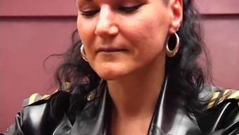 Mistress Silvia fucks Sissyslave