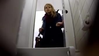 my toilet spy 3