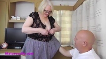 Granny in stockings excites her boyfriend