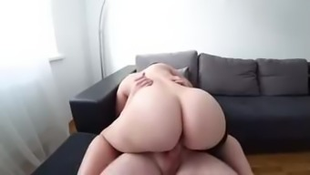 Big white ass riding and creampie
