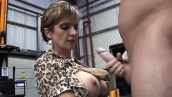 Adulterous british milf lady sonia displays her gigantic tit