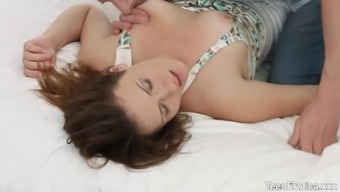 Smokin Hot Sofy Torr and Her Boyfriend Make Out and Fuck
