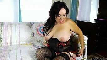 Big tits old spunker talks dirty &amp fucks her fat juicy pussy