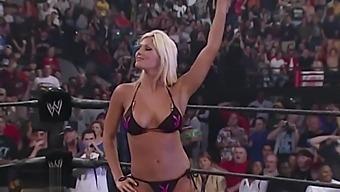 WWE Divas Judgement Day Torrie vs Sable