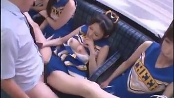 Bus cheerleader