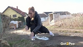 Sexy country girl Naomi Benet feels comfortable peeing anywhere she goes