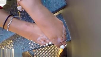 Loren Love - Huge Cum Loads on Goddess Feet & Cum Play Compilation Volume 1