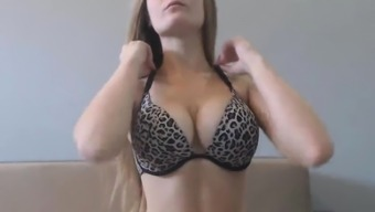 Hot Babe with Natural Big Boobs Masturbates