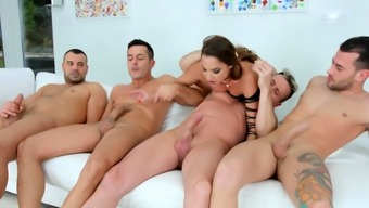 Amirah Adara blowbanged by a group of guys until cumshot by