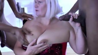 Granny sucks big dick