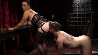 BDSM loving babe
