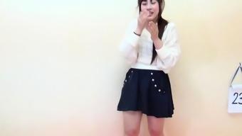 Asian skank urinating