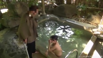outside blowjob by the pool are fantasies of hot Maki Kyouko