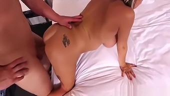 Lucky Mother-In-Law Maggie Fucks Well Her Dad's Friend