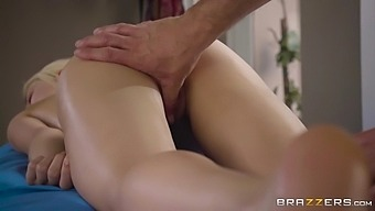 elsa jean gets pussy fingered during a sexy massage