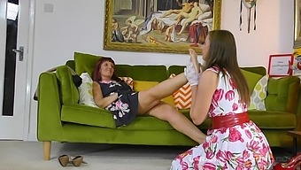 Sweet British women in a fine oral display on the couch