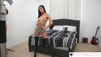 Rockstar groupie fuck with Gianna Dior
