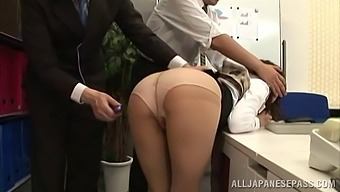 Koto Shizuku gets her cunt pleased by horny strangers in her office