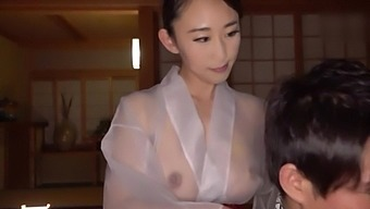 Naked slut goes wild and dirty in scenes of amateur Asian sex