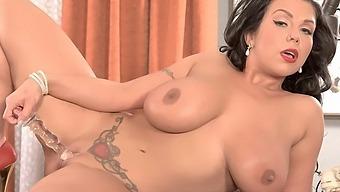 Secretary of Sex - Sheridan Love - Scoreland