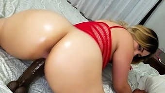 Peeing blonde fetish babe uses toy in her tight pussy